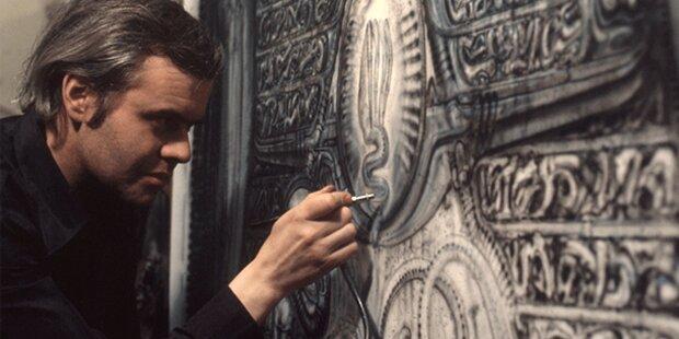 HR Giger stellt im Lentos Museum aus