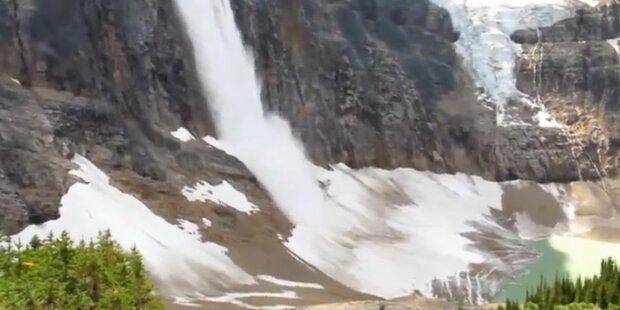 Gletscherabbruch: Eis stürzt 600m in die Tiefe