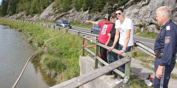 Auto landete in Stausee: Burschen gerettet