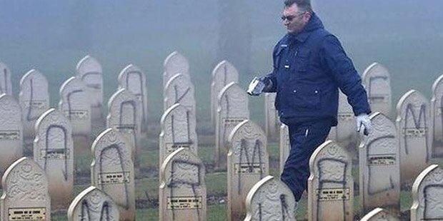 Wieder mehrere Gräber geschändet