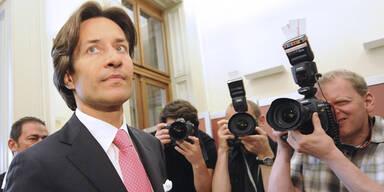 Grasser-Akten in Wien eingetroffen