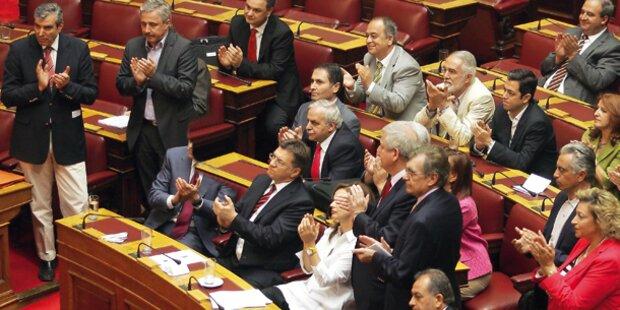 Griechen starten den Spar-Marathon