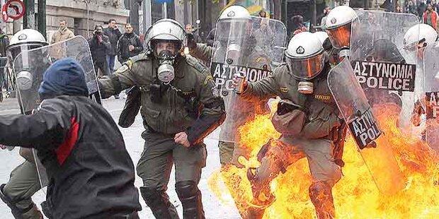 Griechische Regierung segnete Sparpaket ab