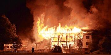 Serientäter ausgeforscht: Feuerteufel (17) war Freund der Opfer