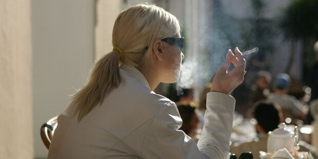 Rauchen und Hochprozentiges erst mit 18