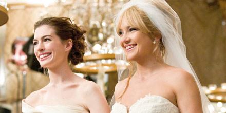 "Anne HATHAWAY & Kate HUDSON in ""Bride Wars"""