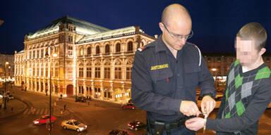 Ost-Band rämt Oper aus - Festnahme