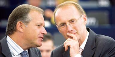 Ernst Strasser (L) and Othmar Karas (R)