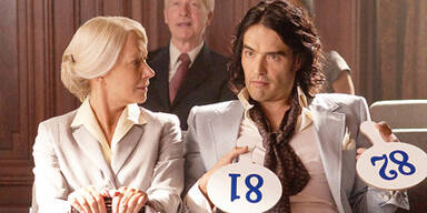 "Helen MIRREN & Russell BRAND in ""Arthur"" (2011)"