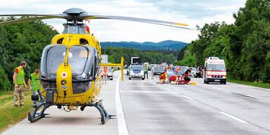Autobahn Unfall Helikopter