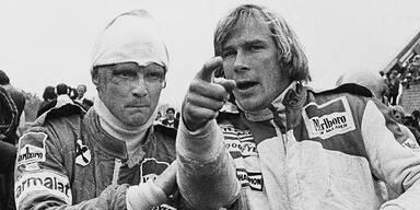 Niki LAUDA (l.) & James HUNT (ca. 1970)