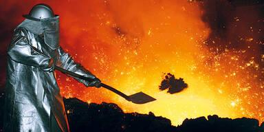 Metaller Eisen Metall Hochofen Erz