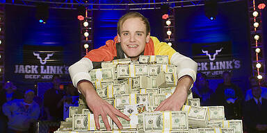 Poker-Weltmeister: Pius Heinz gewinnt 8,7 Mio. Dollar