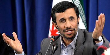 Mahmoud Ahmadinejad / Iran