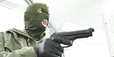Amoklauf Banküberfall Pistole