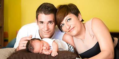 Renata (43) & Ervin (16): Hochzeit nach Baby