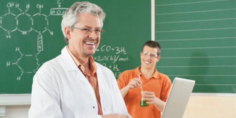 Schule: Lehrer bleiben länger