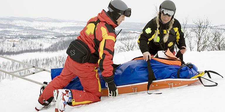 Blinde Skifahrer prallen aufeinander