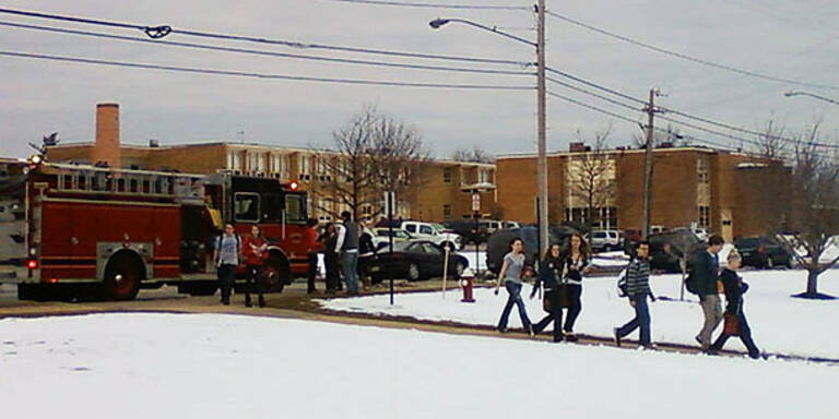 Blutige Schießerei an US-Highschool