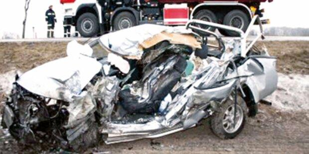 117 Tote auf den Straßen in Oberösterreich