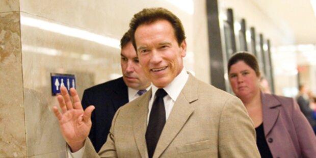 Arnie im Anflug auf Kitzbühel