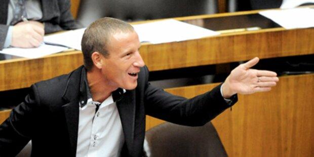 Nach Eklat: Petzner will Entschuldigung