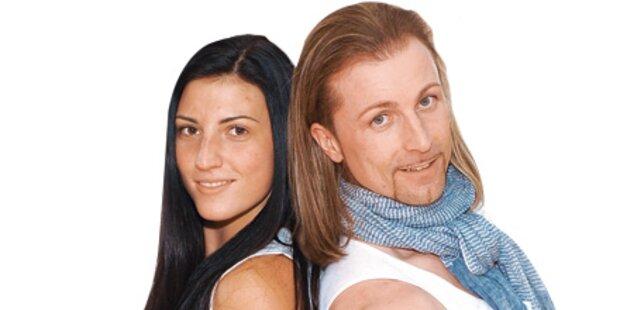 Mirna Jukic und Co. im Tanzstudio