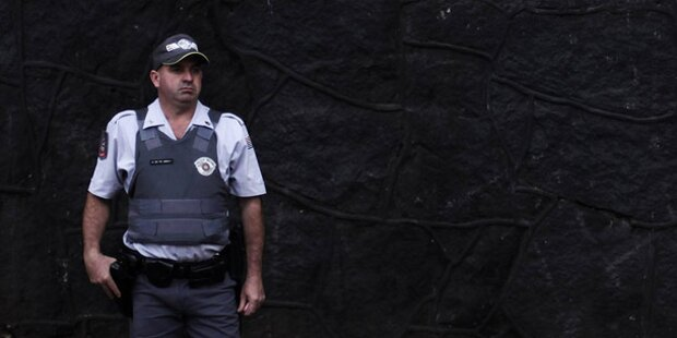 Polizist verfasst Bericht in Gedichtform