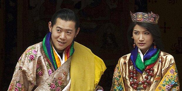 König von Bhutan gab Verlobter Ja-Wort