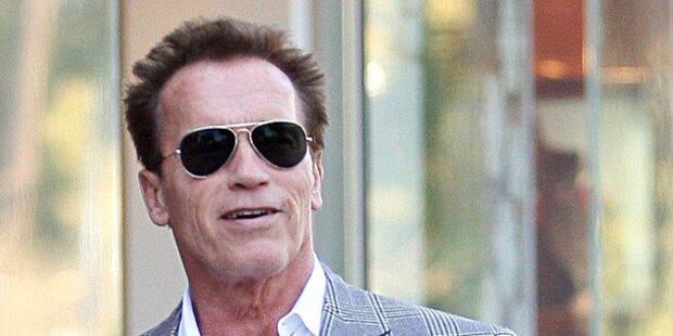 Arnie: Terminator trägt wieder Ehering