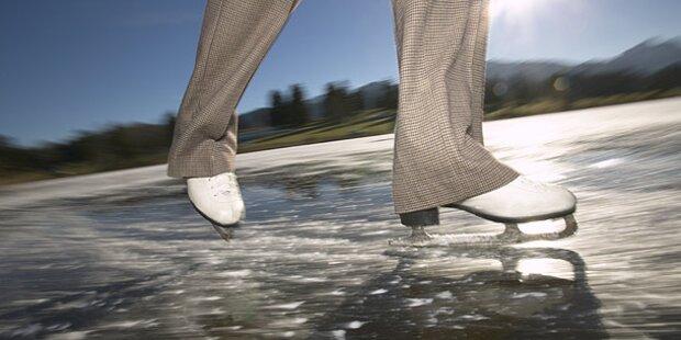 Pensionist beim Eislaufen eingebrochen