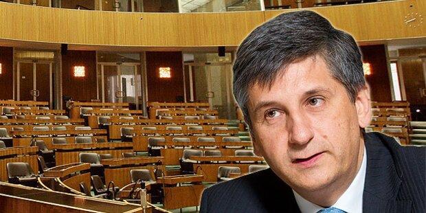 Parlament wird 2013 verkleinert
