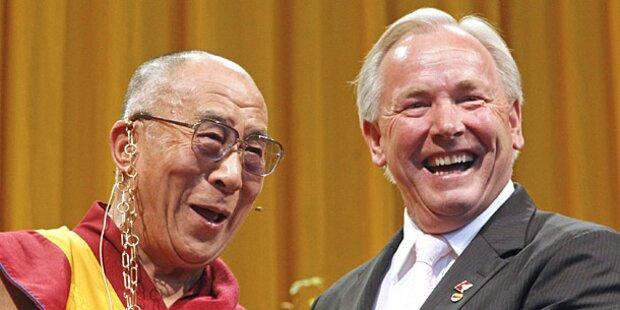 Dalai Lama: Dörfler kritisiert Fischer