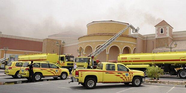 13 Kinder verbrennen in Einkaufszentrum