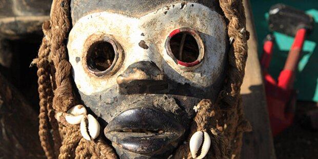 Voodoo-Zauberer tötet vier kleine Kinder