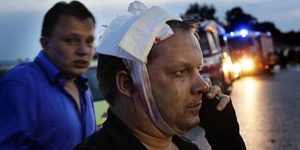 Zelt bei Pop-Konzert eingestürzt: Verletzte