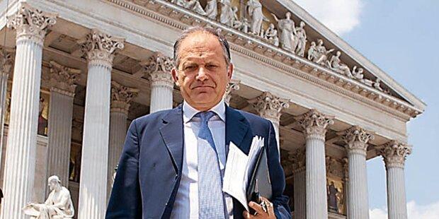 Strasser: Justiz-Attacke vor Prozess