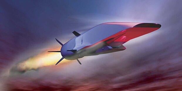 Neuer US-Superjet geriet außer Kontrolle