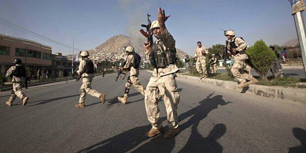Afghanistan: 15 Tote bei Selbstmordattentat