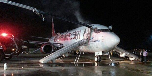 Feuer-Inferno in Flugzeug: Zwei Verletzte