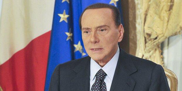 Berlusconi kündigt Polit-Comeback an