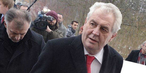 Milos Zeman wird tschechischer Präsident