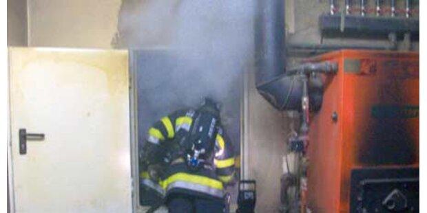 Feuerwehr kletterte in brennenden Silo