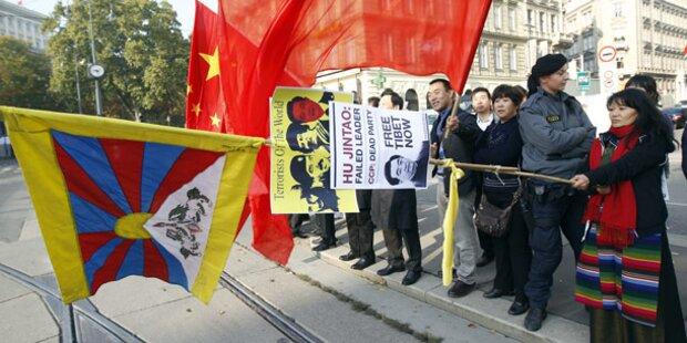 Friedlicher Protest gegen Hu