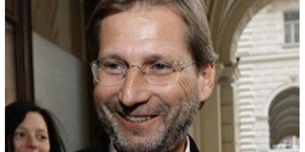 Minister Hahn besitzt Aktien um 127.000 Euro