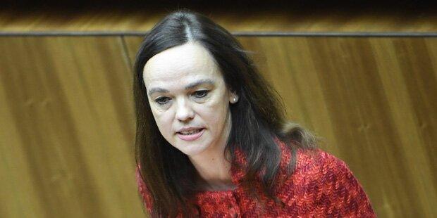 Staatsanwaltschaft ermittelt gegen Ministerin Hammerschmid