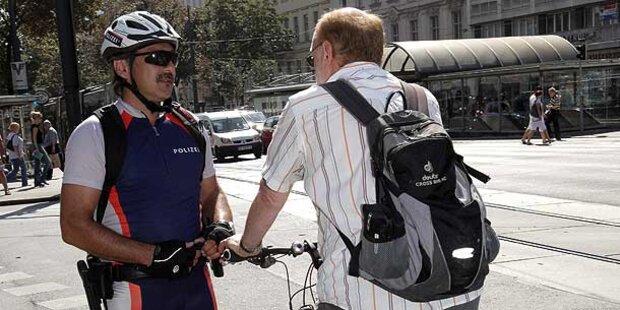 Härtere Strafen für Auto & Radler