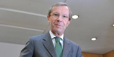 Wilfried Haslauer ist neuer Landeskaiser