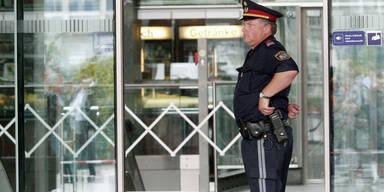 polizei am Hauptbahnhof Graz
