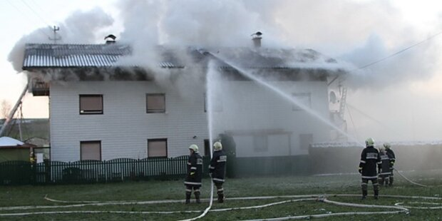 16-Jähriger stirbt bei Hausbrand